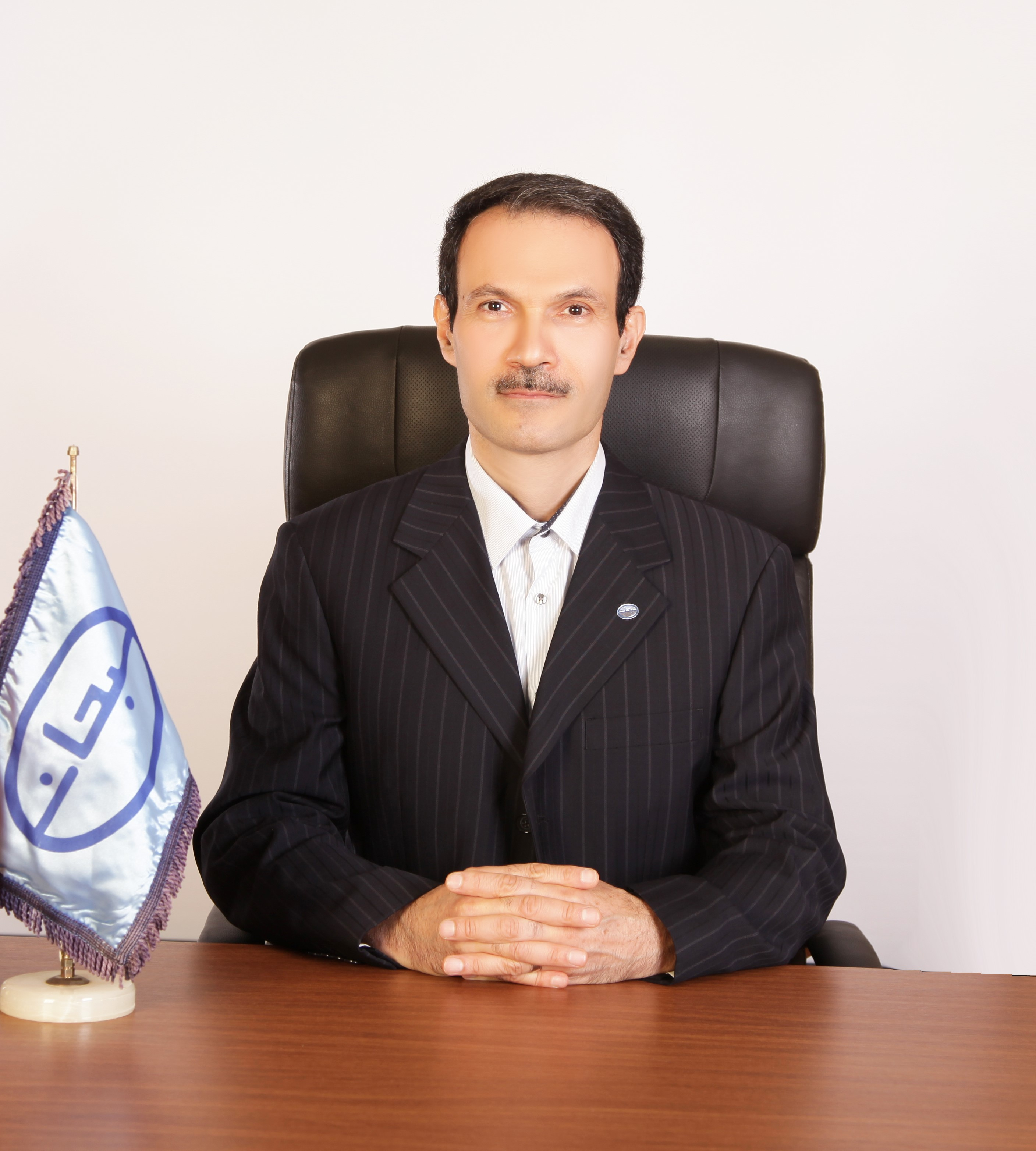 دکتر-حسین-وکیلی